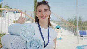 radnik koji radi na odjelu bazena, Valamar Riviera d.d., promotivni film, video produkcija, produkcija video sadržaja, kreativna agencija