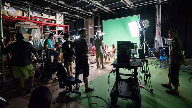 snimanje na setu ispred green screena, snimanje spota Ali Baba Milla, reklamno filmski pristup, TV reklama, animacija, video produkcija, produkcija video sadržaja