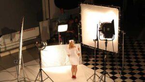 prikaz seta u studiju, snimanje tv reklame Prelazak na digitalno Samsung, tv reklama, video produkcija, produkcija video sadržaja